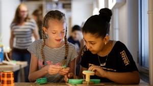 Nieuwe wetenschaps- en natuurclubs, programma's en samenwerkingen versterken het lokale leerecosysteem
